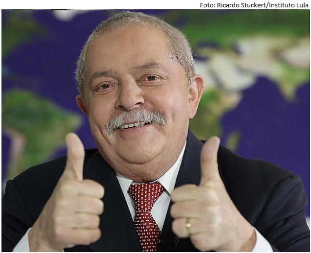 Lula Tapa na cara